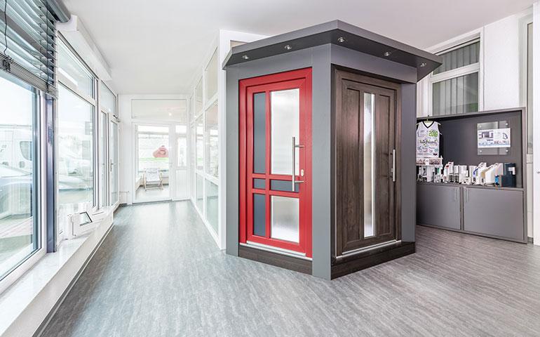 Schauen Sie doch mal rein.   Ausstellung   App Fenster GmbH